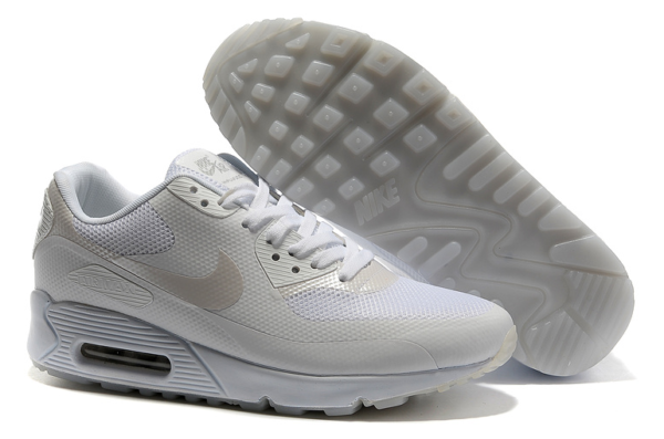 Nike Air Max 90 Hyperfuse белые (36-45)