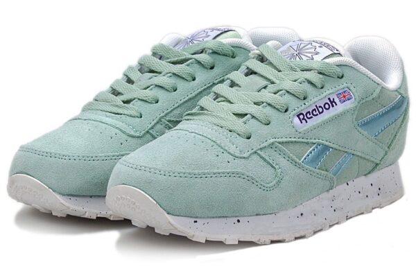 Мятные кроссовки Reebok