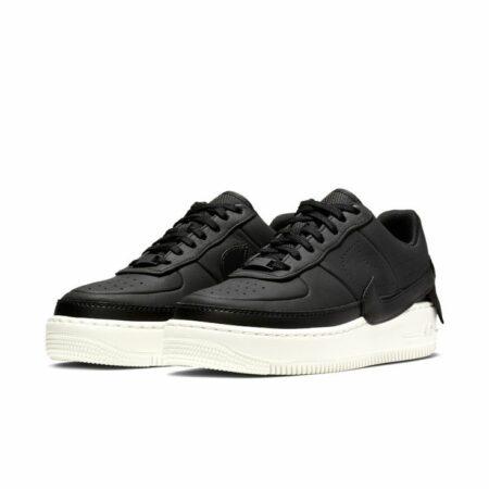 Черные кроссовки 36 размера