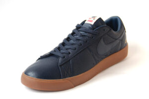 Nike SB Blazer Low GT x Supreme (Blue) (40-44)
