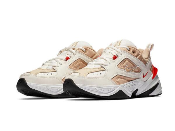 Бежевые кроссовки Nike