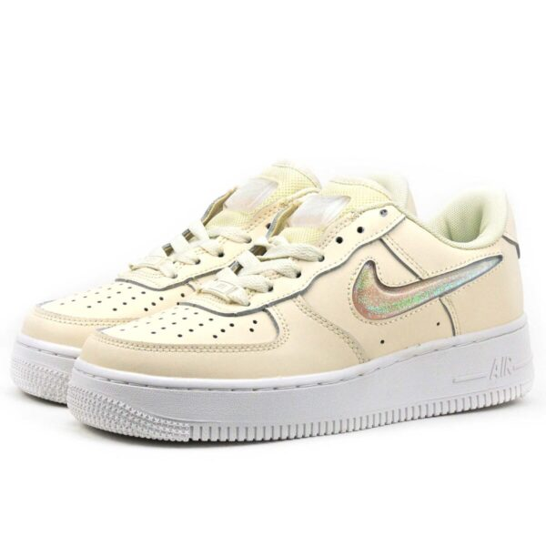Nike Air Force 1 LV8 бежевые (35-39)