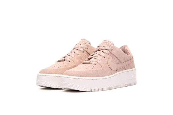 Nike Air Force 1 07 LV8 розовые (35-39)