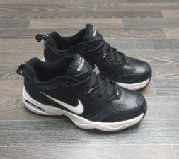 Nike Air Monarch черные с белым (40-44)