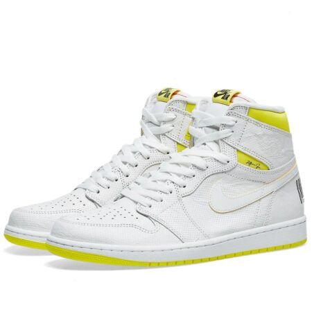Nike Air Jordan 1 Retro High first class Flight белые с желтым (35-45)