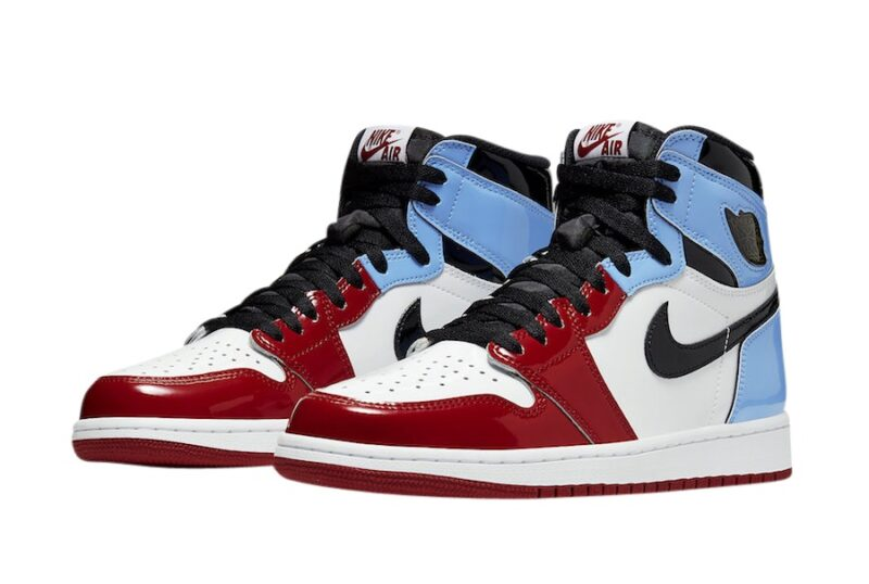 Nike Air Jordan 1 Retro Fearless красно-бело-голубые с черным (35-44)