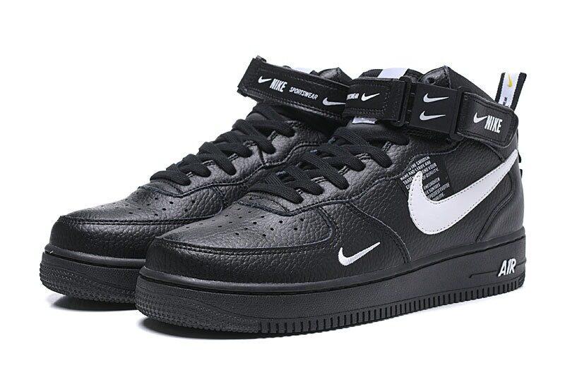 Зимние Nike Air Force 1 Mid 07 LV8 Utility с мехом черные с белым (35-45)